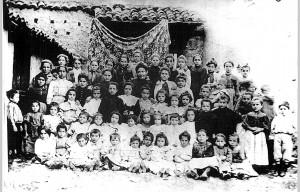 Escolares en 1880 / Foto del archivo de la autora