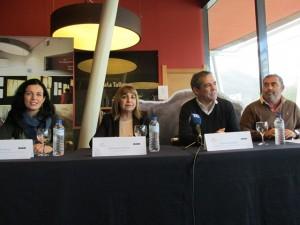 De izda. a dcha., Montse Roces, María Amor Álvarez, Vicente Domínguez y Fernando Morán