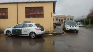 Coches de la guardia civil en el operativo montado este fin de semana / Foto de Javier Alonso