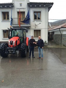 tractor yernes