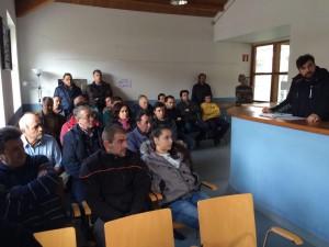 Reunión de ganaderos del concejo con Ibo Álvarez, director general de Ganadería