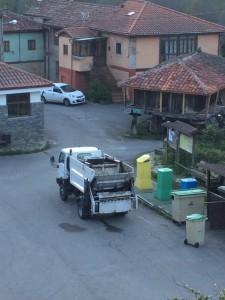 El camión está más ajustado a las necesidades del concejo / Foto Yeryta