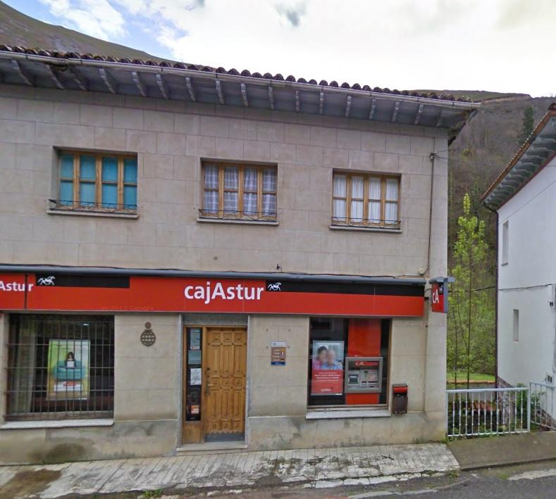 El cierre de oficinas de liberbank solo afectar a las dos for Oficinas liberbank barcelona