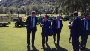 Visita ayer del alcalde al campo de golf de Las Caldas