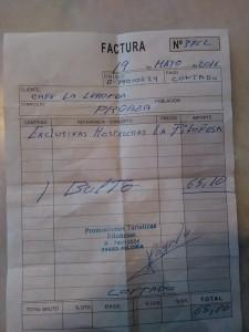 La factura que el detenido entregó en Proaza