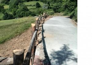 Carretera reparada de Villamayor a Hedrada