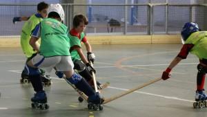Uno de los partidillos de la Concentración Técnica Internacional de Hockey en Grado.