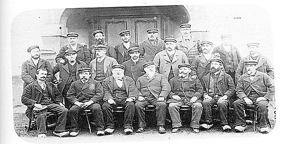 Trabajadores de la fábrica de armas de Trubia