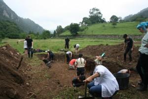 Arqueólogos trabajando / Foto de La Ponte
