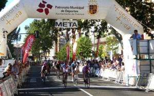 Viejo obtiene la victoria en la cuarta etapa de la Vuelta a Palencia / Foto Ciclo 21