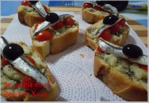 costrinis-de-tomate-mozzarella-y-albahaca