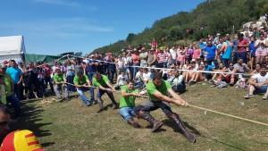 Tiro de cuerda en las últimas fiestas de Cueiro