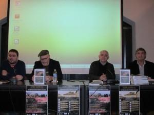 de izda. a dcha., Gustavo A. Fernández, Plácido Rodríguez, Javier Fernández Conde y el autor