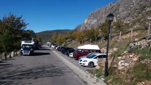 aparcamiento-en-el-valle